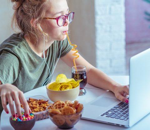 5 สูตรของว่าง ทานเล่นระหว่างเรียนออนไลน์