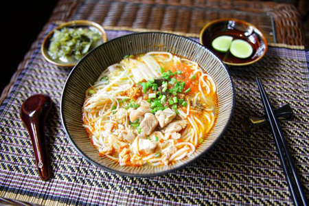 Shan-style Noodles